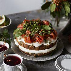 Kodin Kuvalehti – Blogit | Oispa aina nälkä! – Pieni suuri oivallus: leivänpaahdintortilla! Cheesecake, Desserts, Food, Tailgate Desserts, Deserts, Cheesecakes, Essen, Postres, Meals