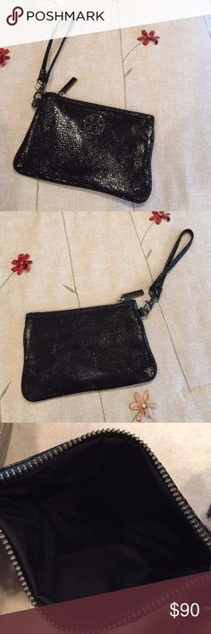 Tory Burch Wristlet Black crackle patent leather Tory Burch Wristlet. In excellent condition, practically brand new.  Measurements are 7x5.  So adorable! Tory Burch Bags Clutches & Wristlets