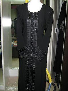 Black Abaya Design 14 - DBL03 | ABAYA MUSLIMAH
