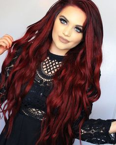 21 hot red hair color shades to dye for red hair dye tips & ideas 5 Hair Color Shades, Hair Dye Colors, Red Hair Color, Long Face Hairstyles, Chic Hairstyles, Red Hair Makeup, Dress Makeup, Bright Red Hair, Burgundy Red Hair