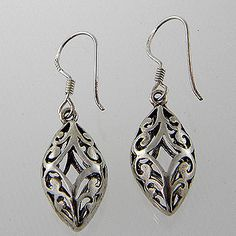 Earing Sterling Silver by jewelkingthai on Etsy, $14.00