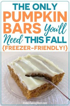 These delicious pumpkin bars are perfect for fall! And they're freezer-friendly! These delicious pumpkin bars are perfect for fall! And they're freezer-friendly! Great Desserts, Dessert Recipes, Healthy Desserts, Easy Fall Desserts, Delicious Desserts, Tolle Desserts, Brunch, Savoury Cake, Pumpkin Spice