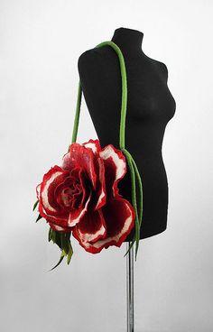 Felted Flower Handbag by filcant Textíliák a2b8013970