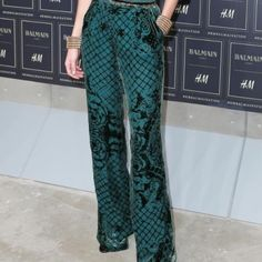 Balmain x H&M silk blend velvet green wide pants Limited edition Balmain x H&M collaboration as seen on Kendall Jenner and Gigi Hadid. New with Tags. SOLD OUT EVERYWHERE. Balmain Pants Wide Leg