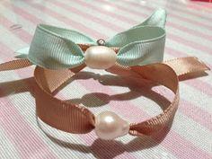las cositas de maría hernández...........................by Cruz_. : Pulsera de cinta con perla de agua dulce, ref. 182...