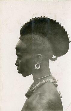 FemmeFoulah, Guinée, Années 1930 | Photo de Gabriel…