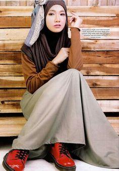 JDHA Hot Saler Collection Featured in Hijab Fesyen,Utusan Karya Magazine December Issue 2014