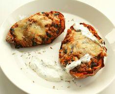 Papuresepti Reseptejä - myTaste.fi Baked Potato, Potatoes, Baking, Ethnic Recipes, Food, Potato, Bakken, Essen, Meals