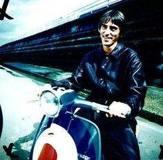 See Paul Weller pictures, photo shoots, and listen online to the latest music. Music Jam, Music Icon, Tailor Made Suits, Fred Perry Polo, Paul Weller, The Jam Band, Rock News, Vespa Lambretta, The Best Films