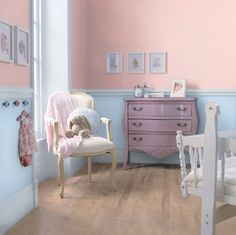 Colour inspirations will help you imagine how you could transform your home décor. See the latest colour trends and decoration ideas. Furniture Making, Bedroom Furniture, Home Furniture, Bedroom Decor, Simple Furniture, Wicker Furniture, Leather Furniture, Furniture Online, Furniture Plans