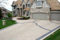 Contemporary Landscape Pavers Design Ideas, Pictures, Remodel, and Decor - page 25