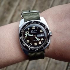 GUB Glashutte 100% German Made in GDR Divers Watch Cal 11-27 Automatic MINT Cond | eBay