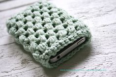 iphone 4 - Samsung Galaxy crochet cozy MINT, different colors available.. $19.50, via Etsy.