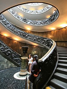 Romania Travel Inspiration - Wooden Spiral Staircase,in Peles Castle in Sinaia Beautiful Castles, Beautiful Buildings, Beautiful Places, Grand Staircase, Spiral Staircase, Castle Rock Michigan, Inside Castles, Peles Castle, Romania Travel