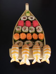 I love this candy Sushi! So fun for a theme party!