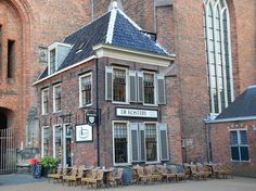 Een weekend Groningen in 30 foto's, citytrip Nederland Multi Story Building, Mansions, House Styles, Home Decor, Luxury Houses, Interior Design, Home Interior Design, Palaces, Mansion