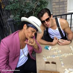 9/12/14 - Bruno Mars and Mark Ronson playing.... DOMINOS?! #THIS NOW HAS TO BE MY FAVOURITE GAME!