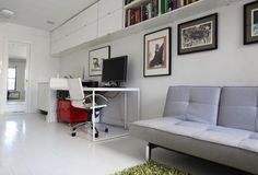 I do kind of wish we had white floors. :(