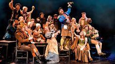 les miserables theater | Les Miserables Tickets London Queens Theatre