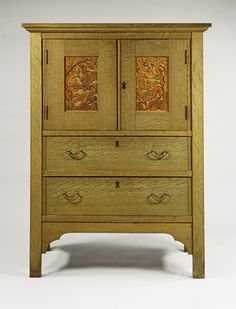 Linen Press / Byrdcliffe Arts and Crafts Colony / ca. 1904 / American, oak, tulip poplar, brass / Metropolitan Museum of Art Arts And Crafts For Adults, Easy Arts And Crafts, Arts And Crafts Projects, Mission Furniture, Craftsman Furniture, Antique Furniture, Art And Craft Design, Design Crafts, Design Projects
