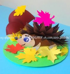 Terrific Photographs fall Paper Crafts Ideas Paper crafts is usually as mixed since you'll like them for you to be. From complex so that you ca Fall Paper Crafts, Autumn Crafts, Fall Crafts For Kids, Diy For Kids, Kids Crafts, Diy And Crafts, Arts And Crafts, Fall Classroom Decorations, Pop Up Flower Cards