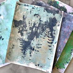 Making unique and abstract prints on a gel plate is such a fun way to create art. Here are the basics to get you started! #sparklelivingblog #gelprinting Amazing Crafts, Fun Crafts, Paper Crafts, Sparkle Crafts, Gel Press, Gelli Plate Printing, Diy Art Projects, Writing Styles, Wax Paper