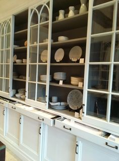 Great idea for a butler's pantry, but I would want a tiny bit of counter space in front of the upper cabinet and not flush with the lower cabinet.