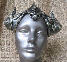Medieval horn headpiece