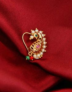 Gold Finish Designer Maharashtrian Nath For Dulhan Gold Jewelry Simple, Trendy Jewelry, Fashion Jewelry, Gold Bangles Design, Gold Jewellery Design, Royal Jewelry, Jewelry Art, Amrapali Jewellery, Wedding Jewellery Designs