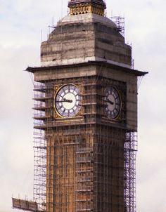 El Big Ben en Londres, rodeado de #andamios