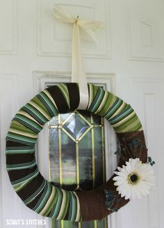 Scout's Stitches: Summer Wreath with Burlap
