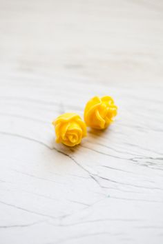 Always thought these rose earrings were cute. Didn't know they were available in so many colors.