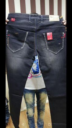 Denim Jeans Men, Boys Jeans, Jeans Pants, True Jeans, Buffalo Jeans, Patterned Jeans, Jeans Style, Moda Masculina, Mens Jeans Outfit
