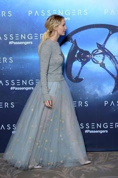 Jennifer Lawrence Is Here With A V Important Lesson On Re-Wearing Your Prom Dress  - Seventeen.com