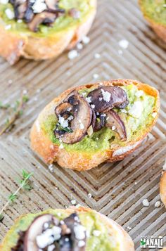 Avocado Mushroom Crostini is a quick and delicious appetizer which is great for game day or just about any party! Healthy Food Choices, Healthy Recipes, Mushroom Toast, Game Day Food, Food For A Crowd, Yummy Appetizers, Fresh Vegetables, Nutritious Meals, Quick Easy Meals