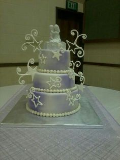 Shooting star wedding cake