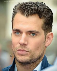 Henry Cavill at the Man from UNCLE screening at Summer Screen Festival (FC for Kes' older brother, Hawke) Henry Caville, King Henry, Chris Pratt, Chris Evans, Most Beautiful Man, Gorgeous Men, Henry Superman, Style Hipster, Henry Williams