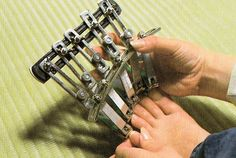 meduchaz: 15 mental japanese inventions WTF! The weirdest stuff out of Japan yet. Useless Inventions, Japanese Inventions, Crazy Inventions, Inventions Folles, Ideas Para Inventos, Cartier Love Bracelet, Nail Tech, Funny Posts, All About Time