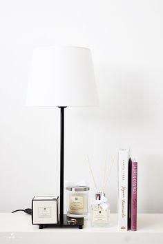 Homefragrance Huonetuoksu Coffee table books Scented Candle Simpliciry Home Decor Interior