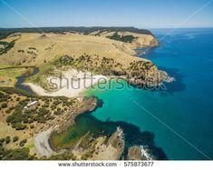 https://www.shutterstock.com/image-photo/snelling-beach-middle-river-aerial-view-575873677?src=m5MlXyGSHOpDJ5ynEhRYfQ-25-74