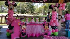 Minnie mouse party.