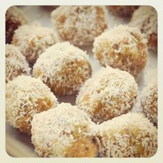 Raw Lemon & Coconut Bliss Balls