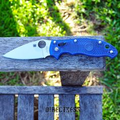 Somebody told me I need more color in my feed so here's some blue and some green and little bit of sunshine. Spyderco Manix 2 with the translucent blue handle and blade. Spyderco Knives, Cold Steel, Folding Knives, Blade, Sunshine, Handle, Green, Color, Butterfly Knife