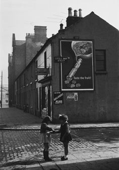 Bert HardyTwo girls on the corner of Little Ship Street, Belfast, Northern Ireland. 1955