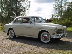 The Great Charm of Vintage Cars - Popular Vintage Volvo Amazon, Fiat Panda, Bmw Classic Cars, Classic Chevy Trucks, 1960s Cars, Volvo Cars, Bmw Series, Vintage Trucks, Funny Vintage