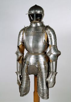 1527. Armor of Kaspar of Frundsberg, son of the famous Georg of Frundsberg.  KHM Vienna