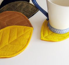 Felt leaves - coasters
