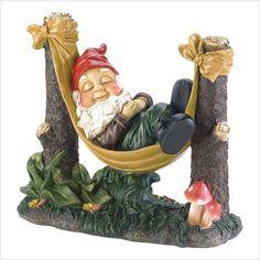 slumbering gnome estatua