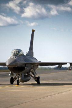 F~16 Falcon.