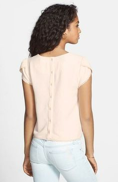 Oh so beautiful. Love the crochet detail on this tee.